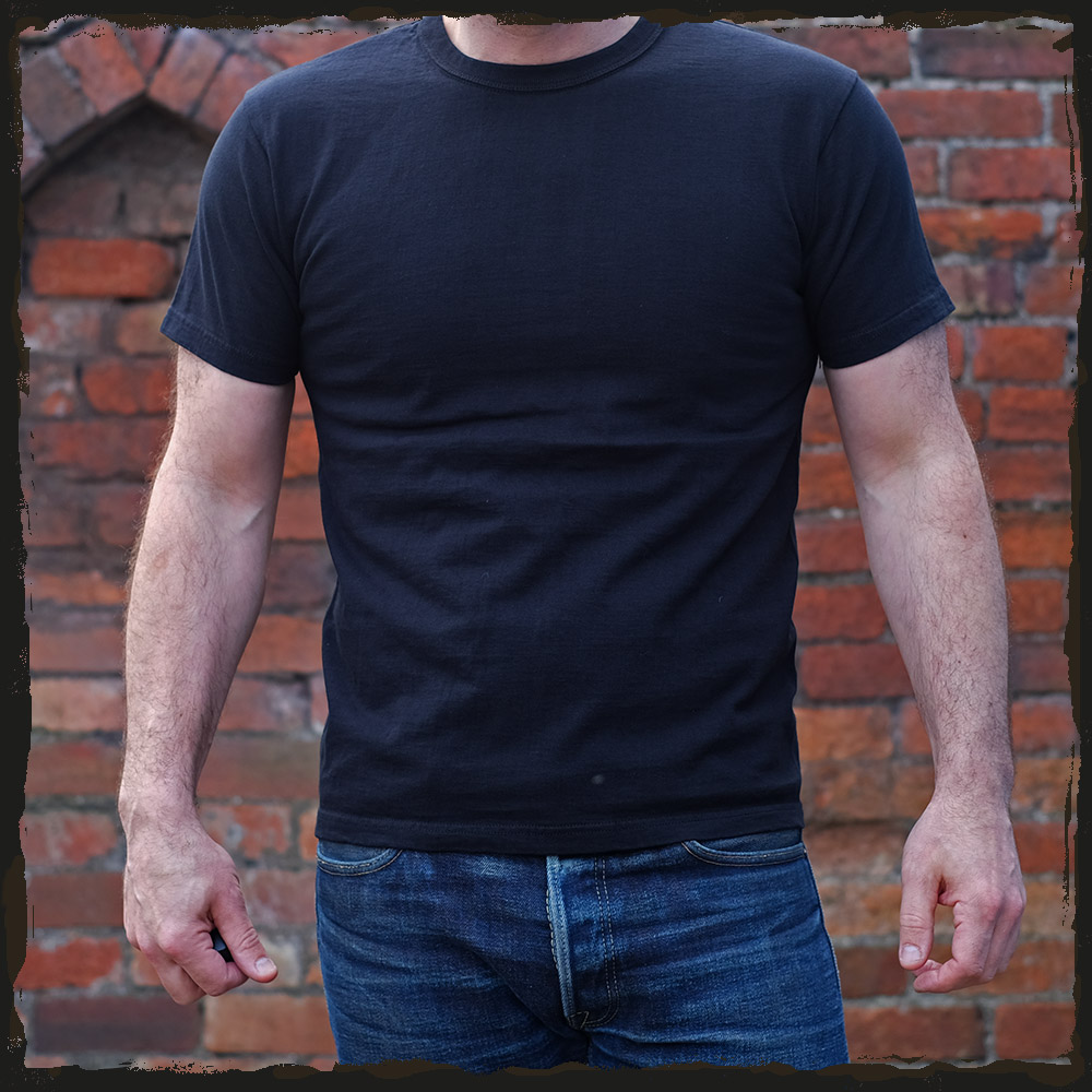 The Strike Gold Plain T-Shirt – Black